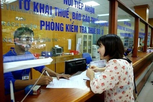 Упрощение налоговои политики для компании, пострадавших от COVID-19 hinh anh 1
